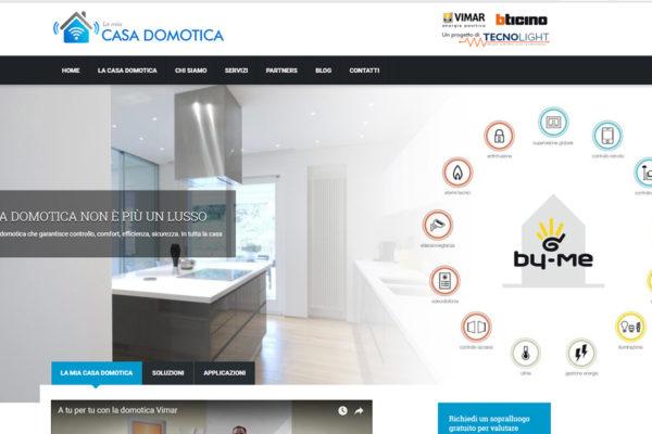 """Creazione sito web """"La mia casa domotica"""""""